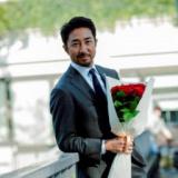 フラワーバレンタイン2020 ⼲場義雅 presents 春のデートファッションと⼲場流スマートな花贈り