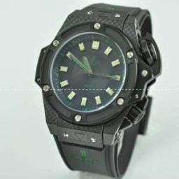 Hublotウブロ メンズ腕時計 自動巻き 3針クロノグラフ 日付表示 サファイヤクリスタル風防 BLAC...