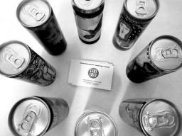 吉田孝行の映像作品『ぽんぽこマウンテン』は、ドイツのベルリンで開催される公募展に選出され...